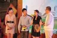 謝安琪及關楚耀與現場觀眾分享綠色生活低碳環保心得。